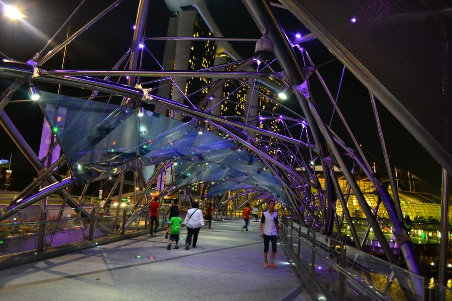 мост в Сингапуре