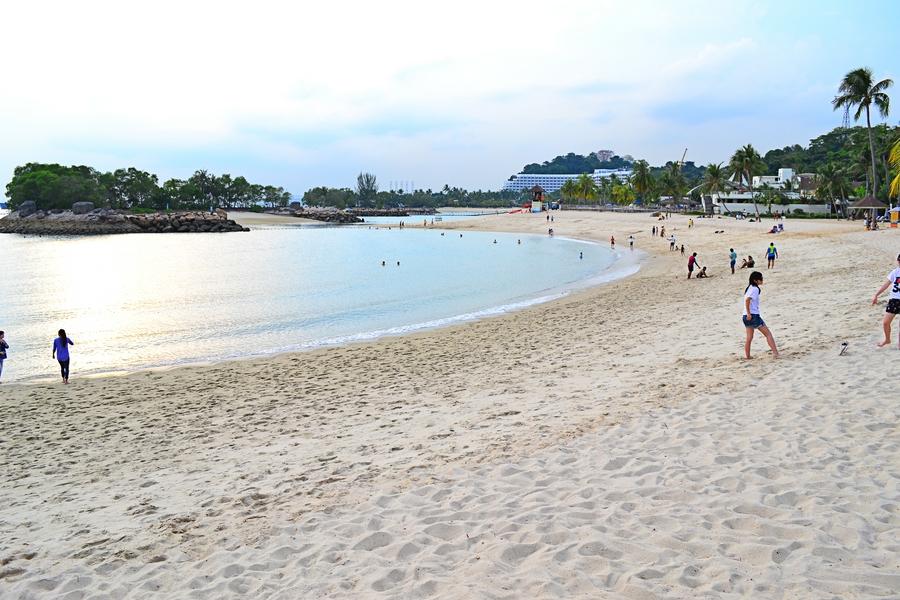 Пляж на острове Сентоза в Сингапуре