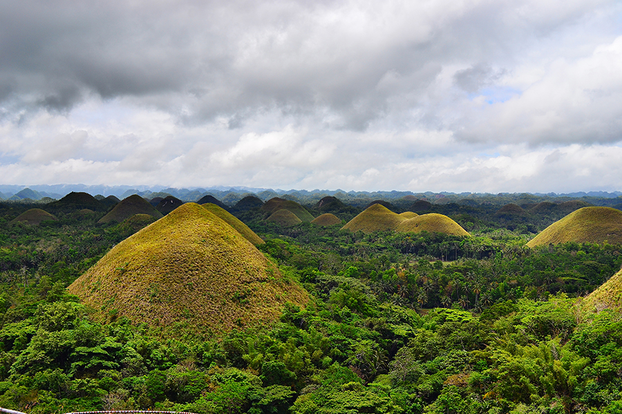 the chocolate hills on Bohol island