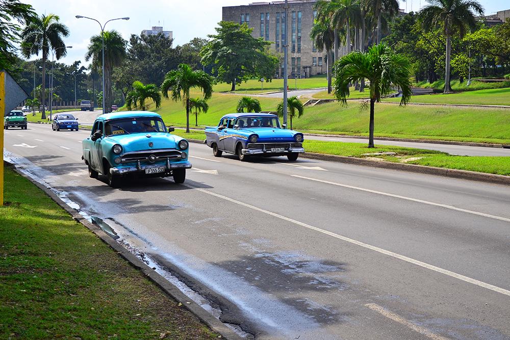 Машины Кубы