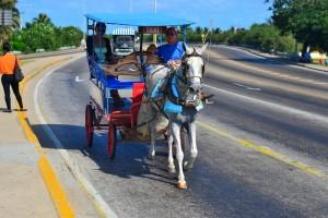 такси-повозка на Кубе