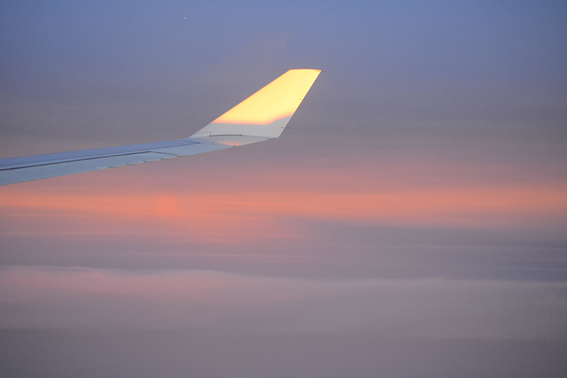 dawn of the aircraft window