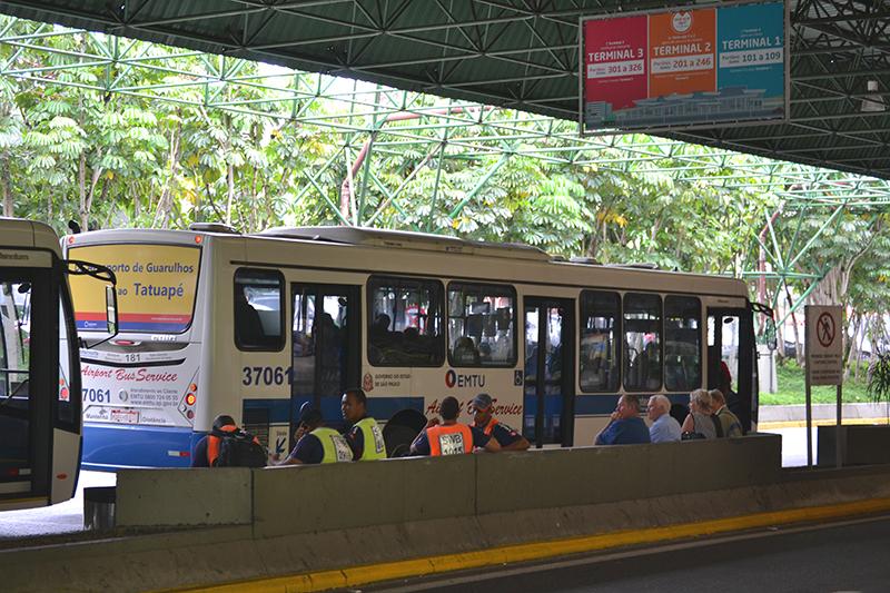 the airport bus to the city of São Paulo