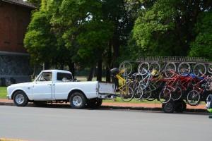 прокат велосипедов в парке Plaza Juan F. Quiroga