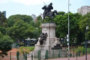 памятник в районе Палермо