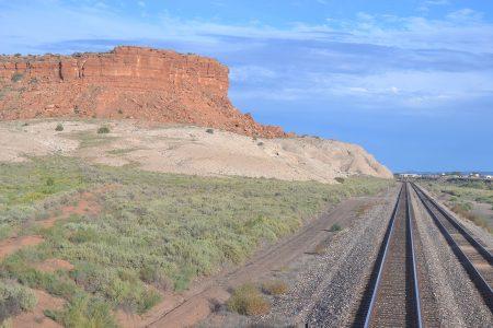 вид на каньоны с поезда