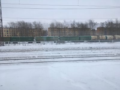 Вид из окна поезда по пути из Москвы в Мурманск