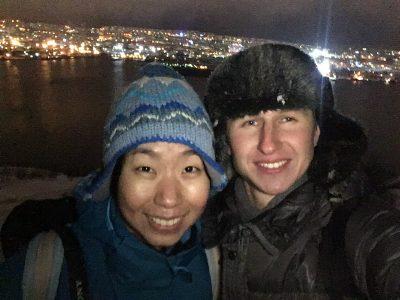 Замерзшие я и Cho Yin на вершине Абрам Мыс